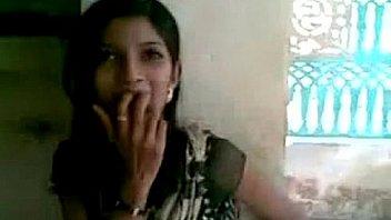 कामुक वीडियो में स्कीनी भारतीय