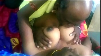 एक पिता के साथ भारतीय सेक्स